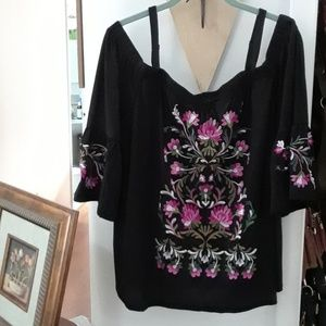 Plus size women's embroidered peasant top
